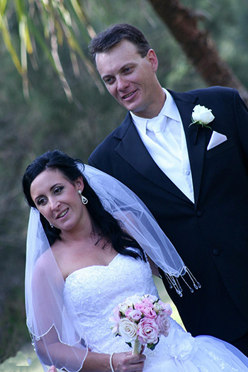 Bianca & Todd were married by Marry Me Marilyn and held their Wedding at Philip Park Main Beach