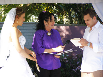 David and Melinda's Wedding at Mermaid Waters on the Central Gold Coast by Marilyn verschuure Marry Me Marilyn