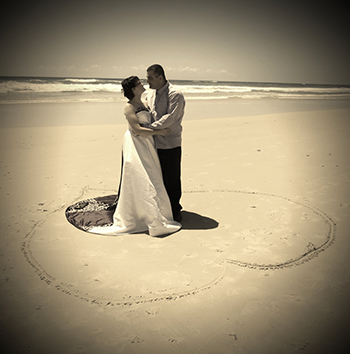 Marry Me Marilyn_Wedding Chantelle_Matthew Main Beach Gold Coast