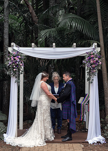 Marry Me Marilyn Claire & Dan Scottish Wedding Pether's Rainforest Retreat Tamborine Mountain