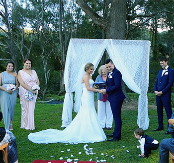 Marry Me Marilyn_Danielle & Neil Wedding O'Reill'ys Canungra Valley Vineyard