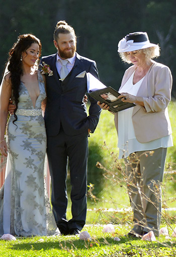 Marry Me Marilyn_Love Letter Ellen & Brad Wedding Cram's Farm Reserve Doon Doon NSW