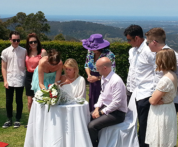 Marry Me Marilyn conducted a Renewal of Vows for Jo and Dan at Eagle Heights Mt Tamborine overlooking the gorgeous Gold Coast.