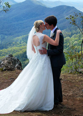 Marry Me Marilyn Melissa & Brenton Wedding at Luke's Bluff O'Reilly's Rainforest Retreat