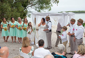 Marry Me Marilyn Natasha & Ben Wedding An Island Hideaway South Stradbroke Island