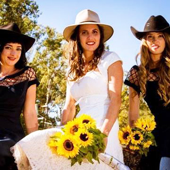 Marry Me Marilyn_Nina & Rob Australiana Outback Country Wedding Maudsland Home Gold Coast