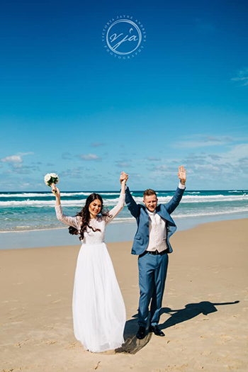 Marry Me Marilyn_Viktoriia_Scott_Wedding North Burleigh Beach