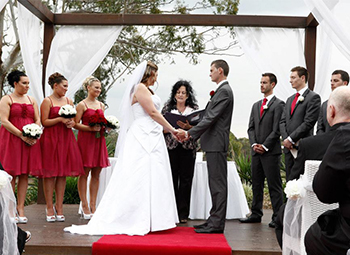 Marry Me Marilyn married Megan and Drew at Parkwood International Golf Course on the Gold Coast