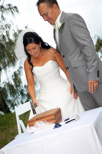 Sarah & John Haynes married at Philip Park Main Beach Northern Gold Coast with Marry Me Marilyn. They included a Wooden Wedding Box Ceremony and their box was in the shape of a boat