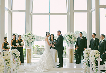 Sarah & Greg were married by Marry Me Marily at the beautiful Sanctuary Cove Chapel Hyatt Regency